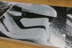 Plakāts, ko drukā WER-G2513UV lielformāta UV printeris